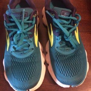 Brooks Anthem Running Shoes, Blue/Navy/Lime